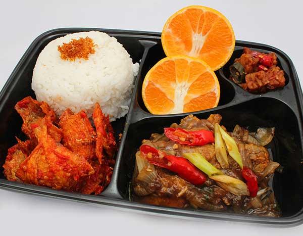 Adora Catering Nasi Ayam Saus Tiram