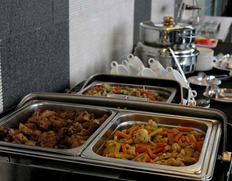 Boga Catering Ayam Lada Hitam & Capcay