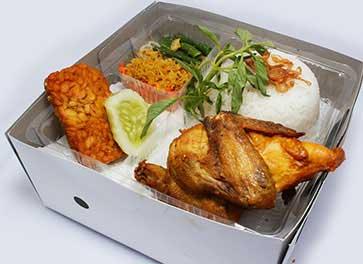 Nasi Ayam Goreng Kriuk