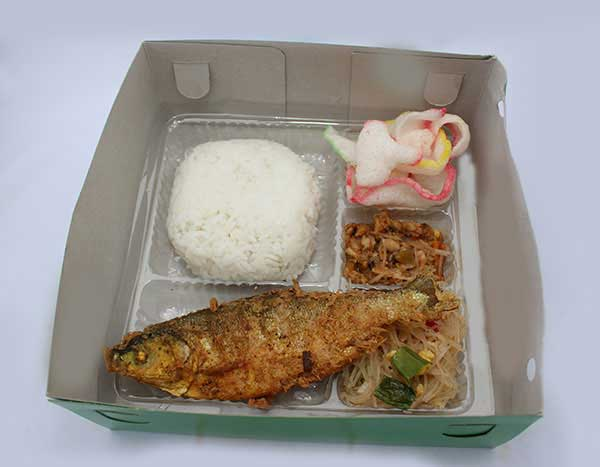 Mbah Jingkrak Nasi Bandeng Kemul (pb3)