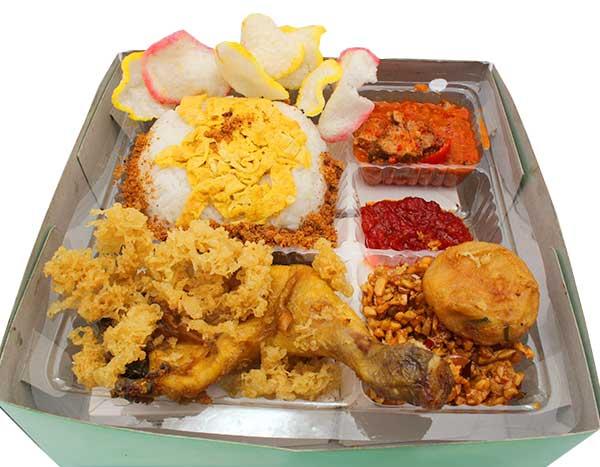 Mbah Jingkrak Nasi Kuning Ayam Kremes (pgA)