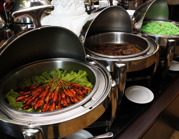 MCB Catering Sate Udang, Rendang, Nasi Ijo