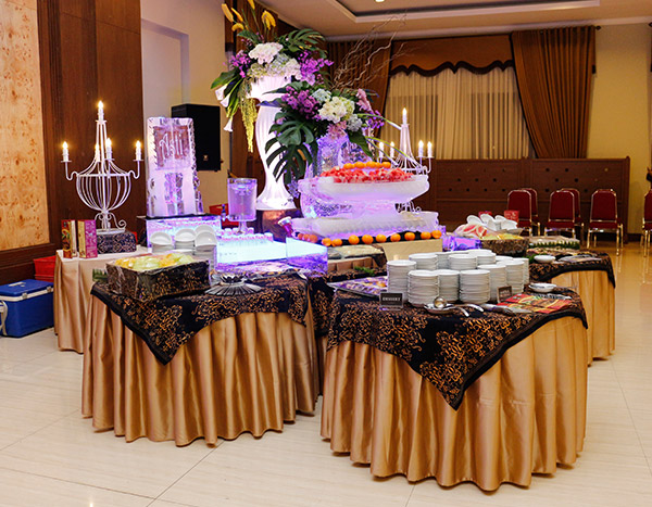 Poetri Alim Buffet Display