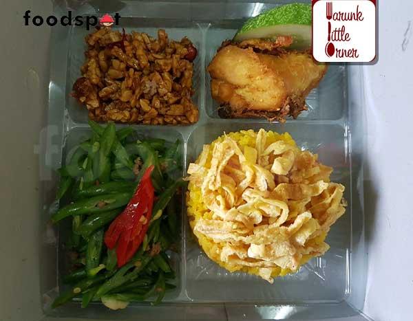Paket Nasi Kuning Ayam